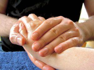Abhyanga massage indien helene Woydatt